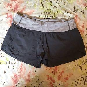 LULULEMON run speed shorts wee stripe gray 6